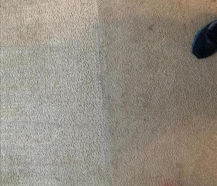Side by Side carpet cleaning results in Clinton, SC